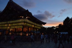 宵宮祭/Yaaska shrine at dusk