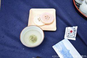 北野天満宮梅苑の御茶菓子
